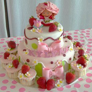 Strawberrie Cakes for Children Parties