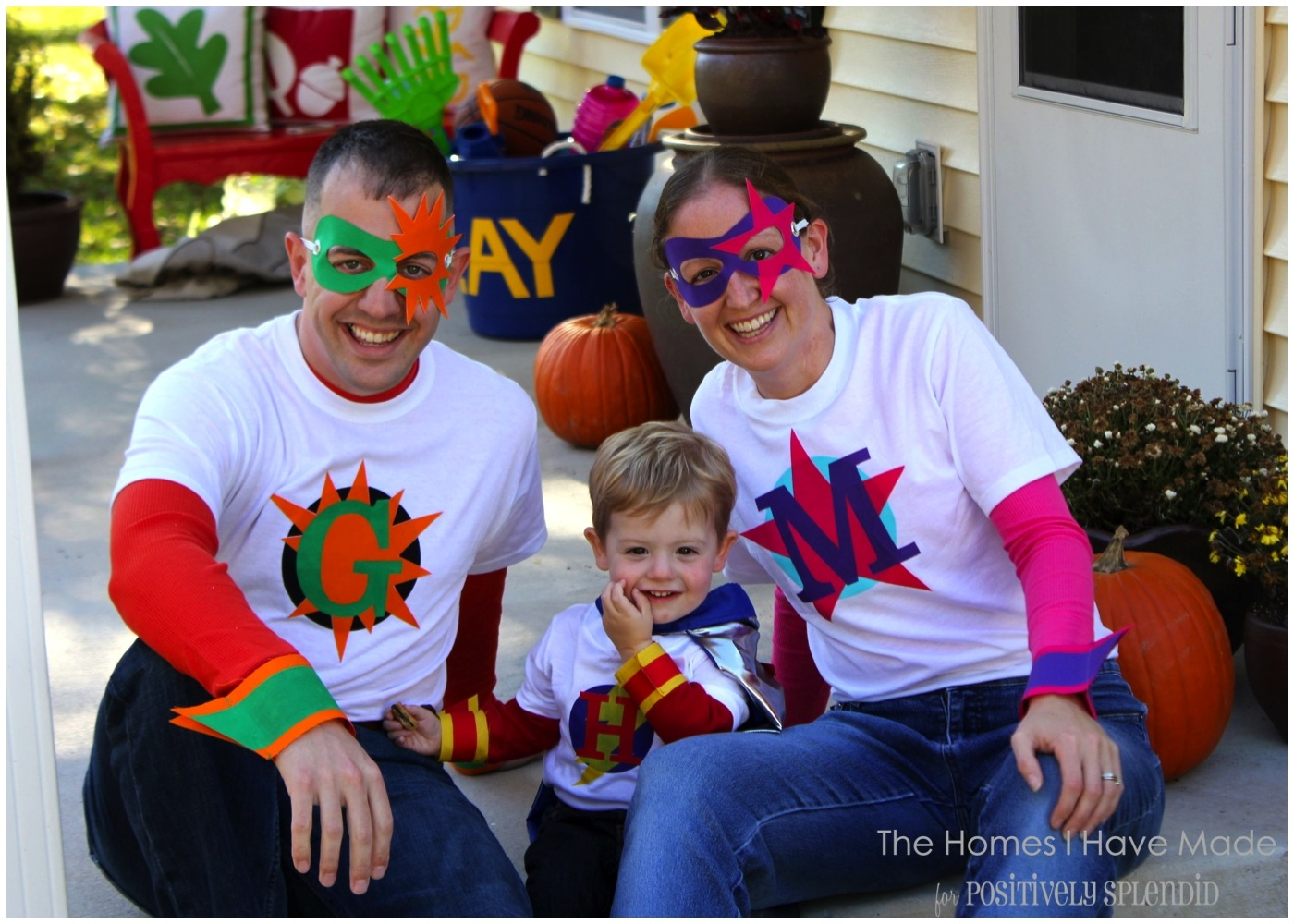 Family Superhero Halloween Costumes - Super Easy Halloween Costumes