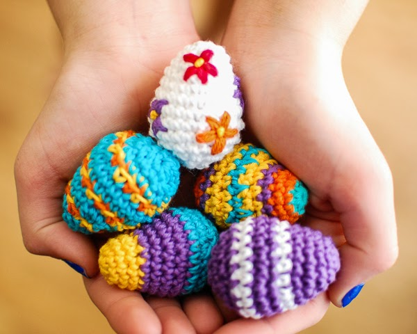 Free Crochet Pattern Easter Eggs : When life gives you HANDS, make HANDMADE: Easter Crochet ...