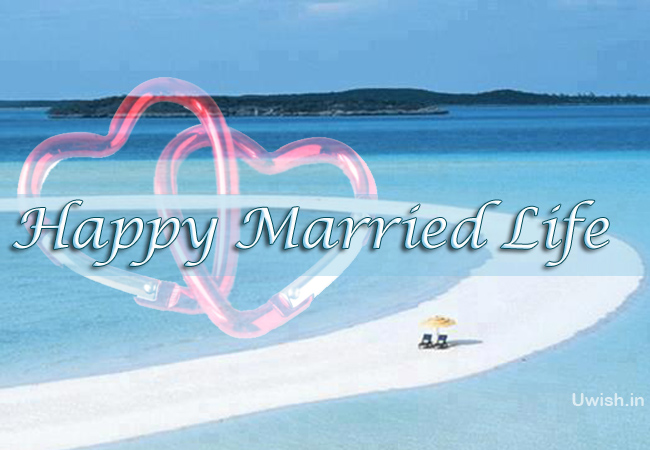 Happy Married Life e greeting cards and wishes in beach