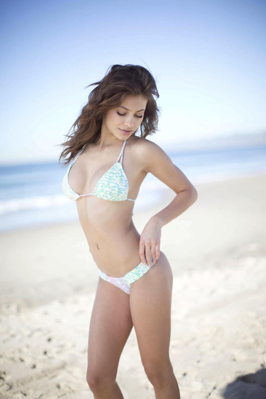 Yara Khmidan model
