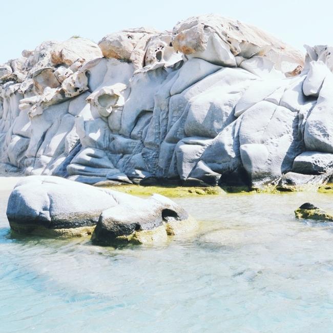 Jelena Zivanovic Instagram @lelazivanovic.Glam fab week.Kolimbithres beach Paros.Best Paros beaches.Paros ostrvo plaze.