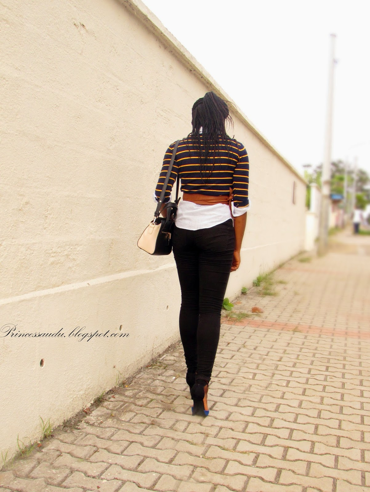 stripes, layering basics, black skinny jeans, pop of colour