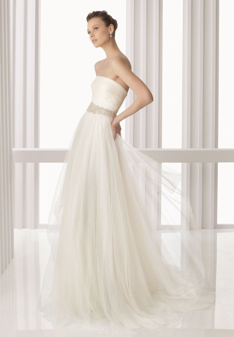 Whiteazalea simple dresses ethereal tulle simple wedding for Tulle a line wedding dress