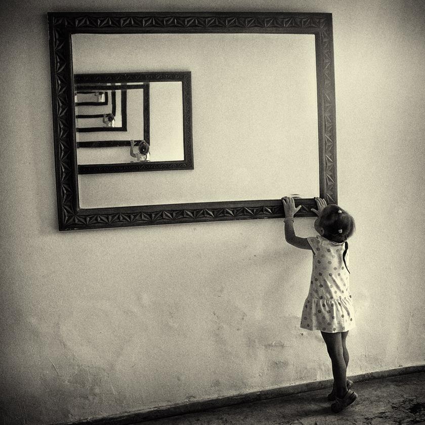 Mødet med uendeligheden, det abstrakte, spejl-tunnel