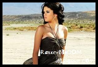 Selena Gomez ingin Main Film Bugil untuk Tingkatkan Karir - raxterbloom.blogspot.com