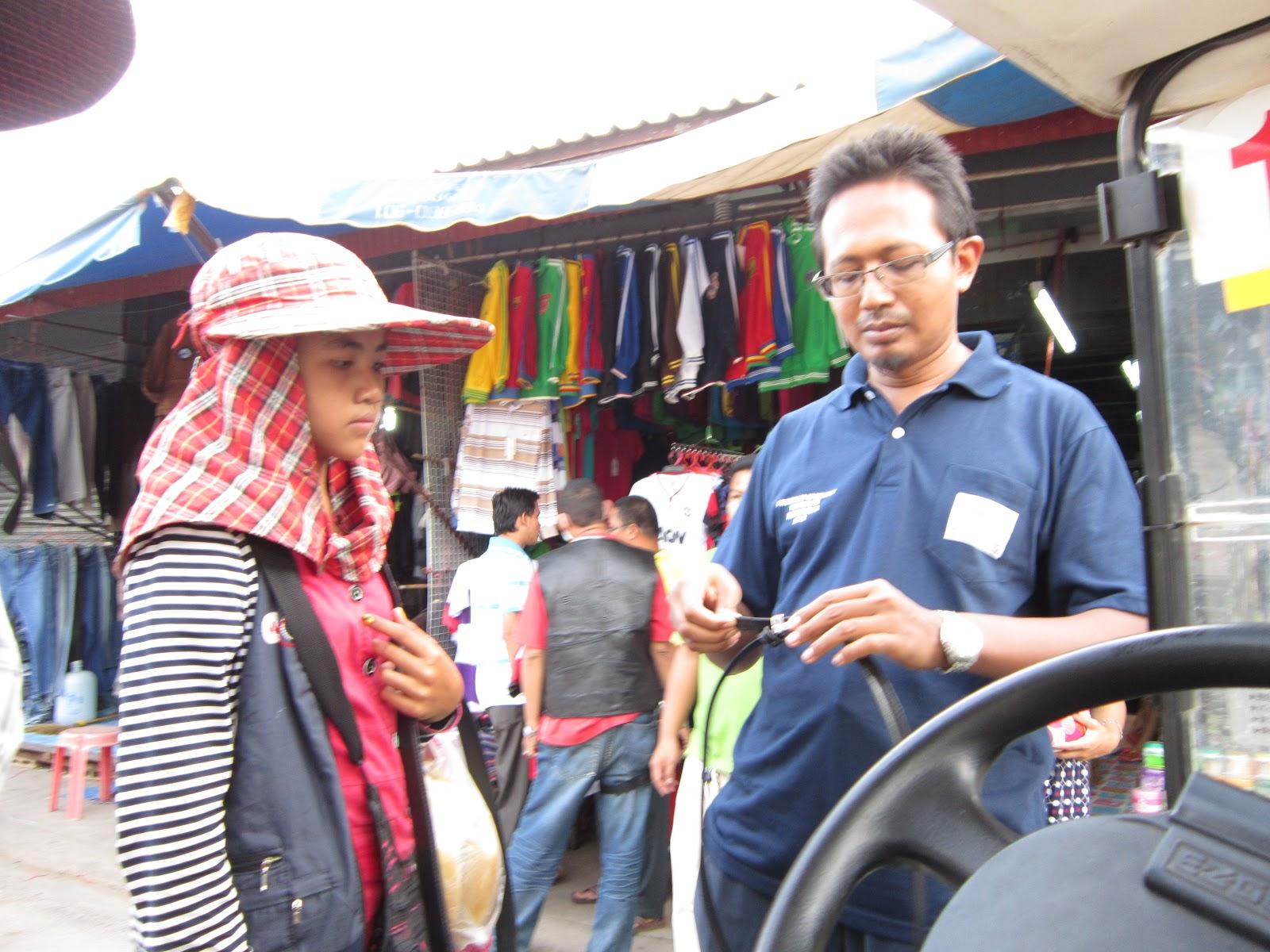 Poipet cambodia girls - Bobs and Vagene