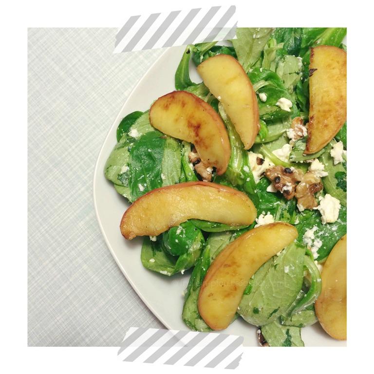 Salat, Feta, Rezept, Wasabi, vegetarischer Salat, veggie, vegetarisch, low carb, Feldsalat mit Walnüssen, Birne, Apfel