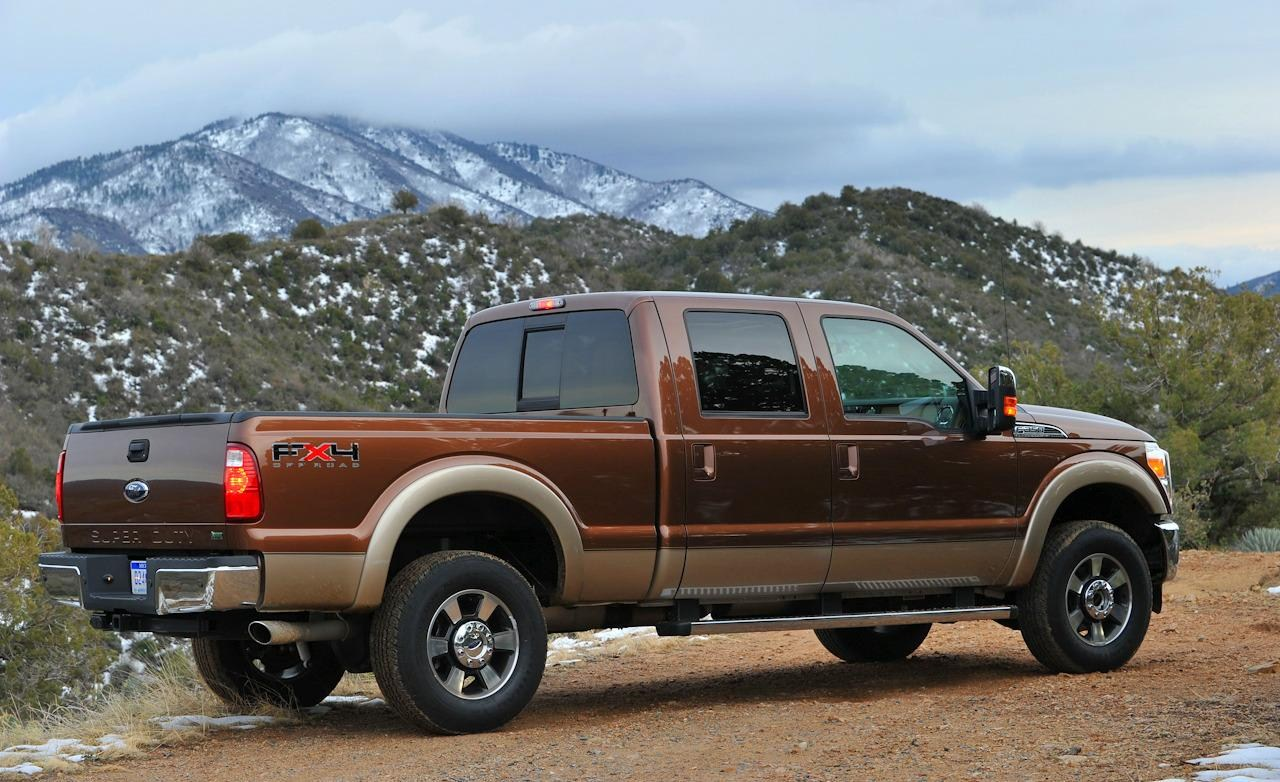 ford f 350 super duty spy shots car features pictures prices review. Black Bedroom Furniture Sets. Home Design Ideas