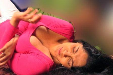 Kamapisachi Without Dress Photos of Hot & Sexy Indian Actresses - Set ...