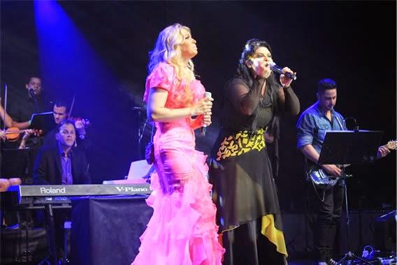 Vanilda Bordieri canta com Elaine de Jesus em gravação de Manifestação da Glória
