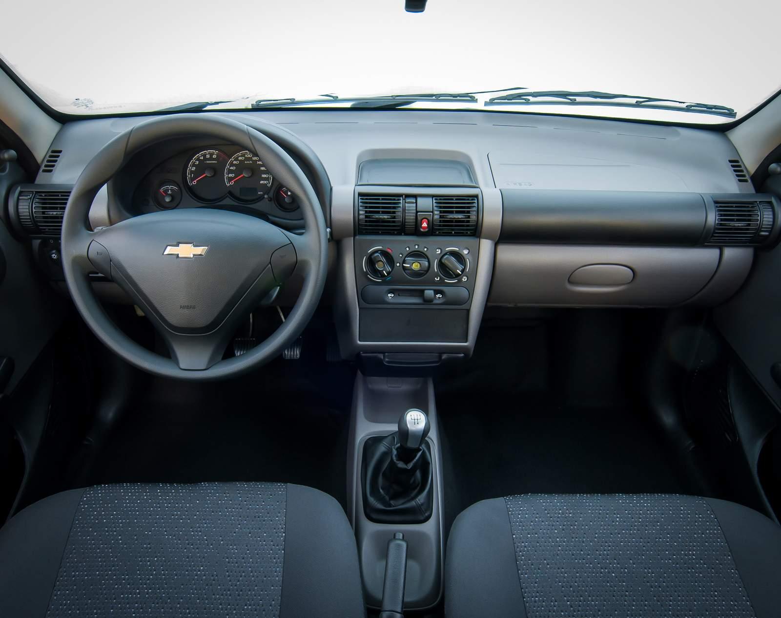 Chevrolet Classic 2016 - fim de linha