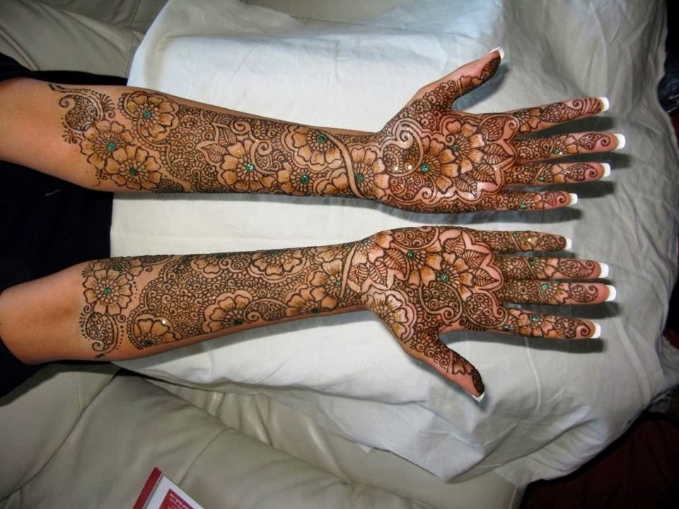 New Party Mehndi Designs : Mehndi designs  party for hand and feet