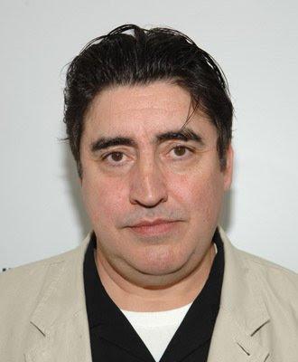 actores de television Alfred Molina