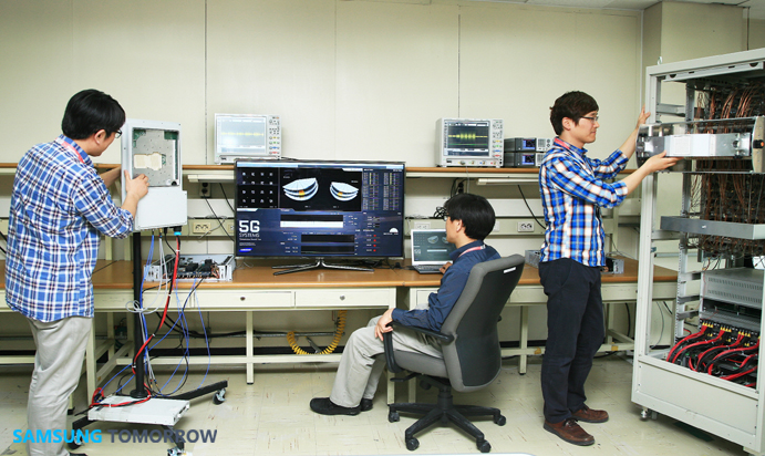 5G ile 1 saniyede film indirmek | 1 Gbps bağlantı hızı | 5g teknolojisi nedir