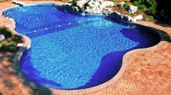 Piscinas y piletas piscinas de hormigon for Disenos de piscinas de hormigon