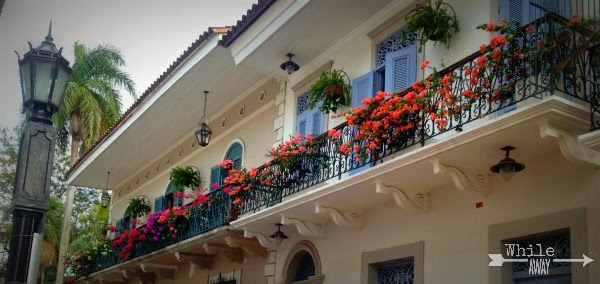 flower boxes, casco viejo, panama city