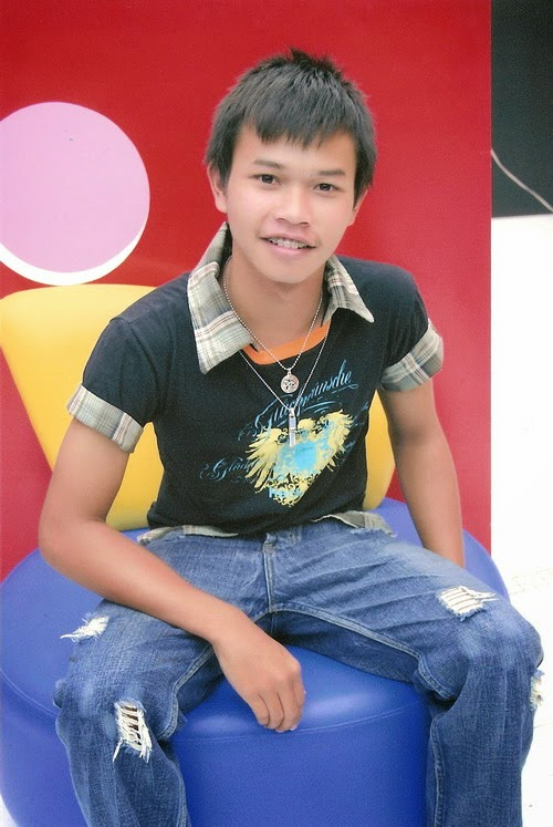 Off, 23 y/o thai boy
