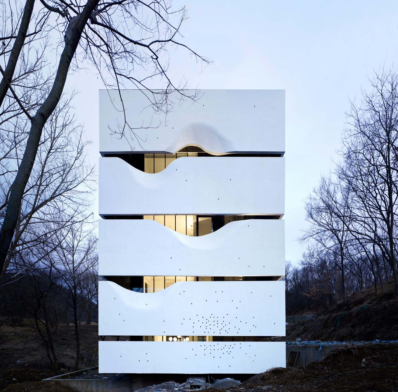 Arcfly cipea no 4 blockhouse by azl architects for Arquitectura china moderna