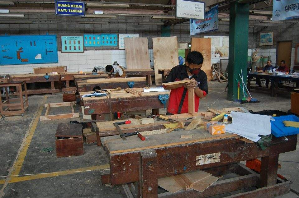 Teknik furniture smkn 4 foto anak furniture juara for Foto furniture