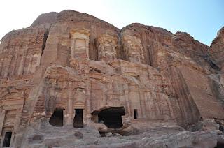 Tumba del Palacio, Petra