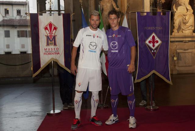 Valon Behrami i Stevan Jovetić na prezentaciji dresova 2012/13