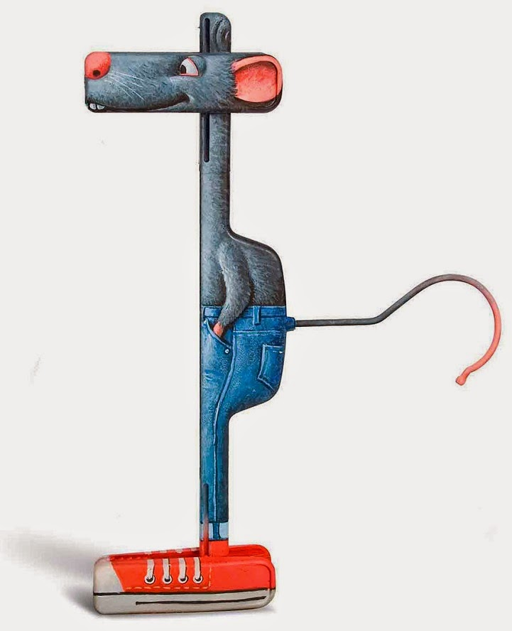 فنان هزلي يحول أشياء منزلية
