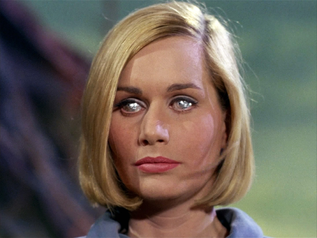 READ MORE - Sally Kellerman Net Worth 2013
