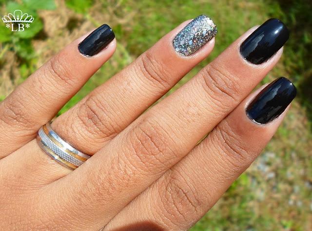 filha única-nail art