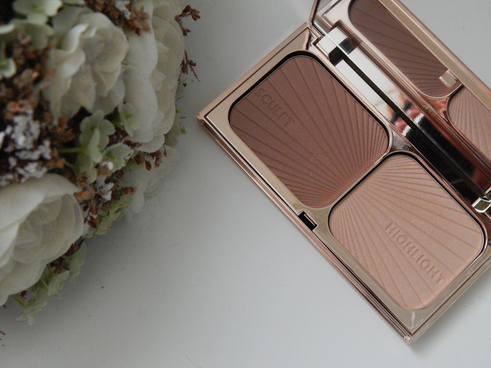 Charlotte Tilbury Bronze and Glow Palette