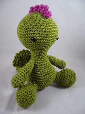 Amigurumi dragon/alien