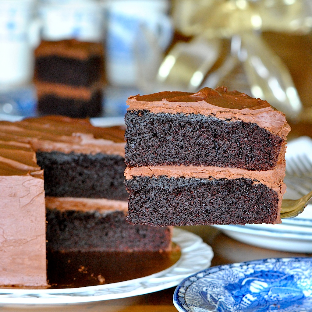 Best Frosting For Black Magic Cake