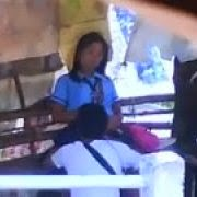 Alunos no Ponto de Onibus - http://www.videosamadoresbrasileiros.com