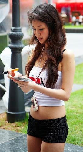 gwendolyn wan sexy fhm pics 02