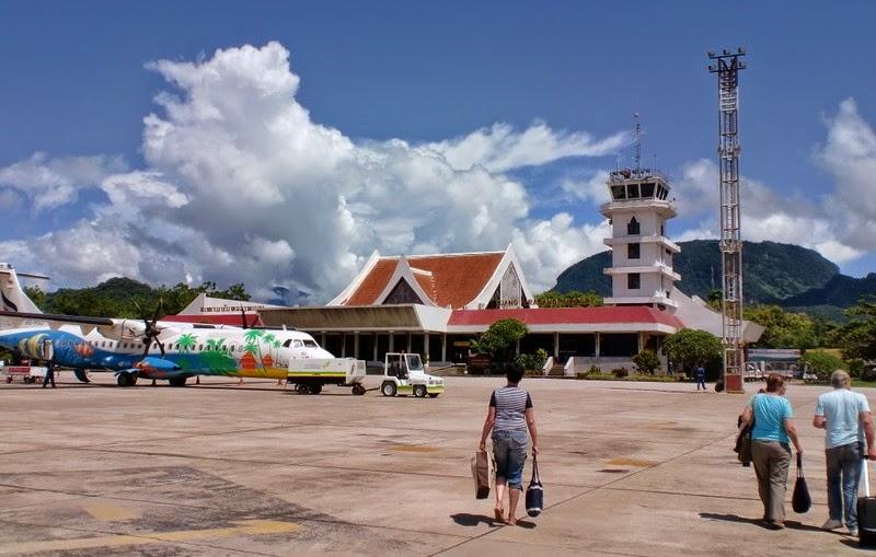 Sân bay Luông Pha Băng