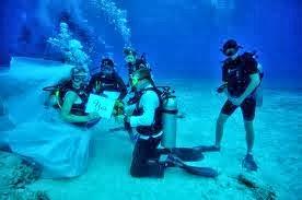 rm160 je? jom sebelum 4 h 3 m = 4 angka... protes dalam laut pun ok gak!