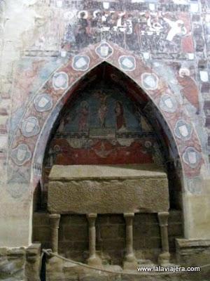 Sepulcros, Iglesia San Miguel Foces, Huesca
