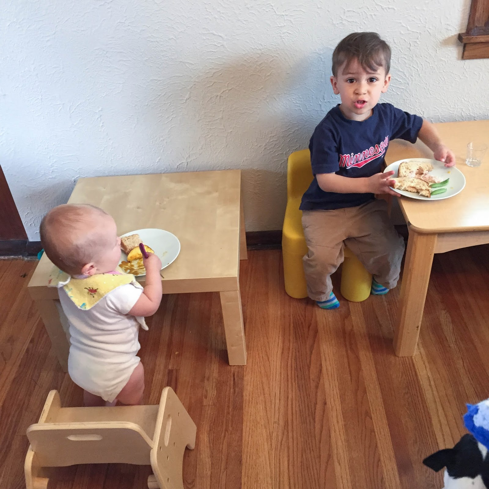 Benefits of the montessori weaning table for Toddler table