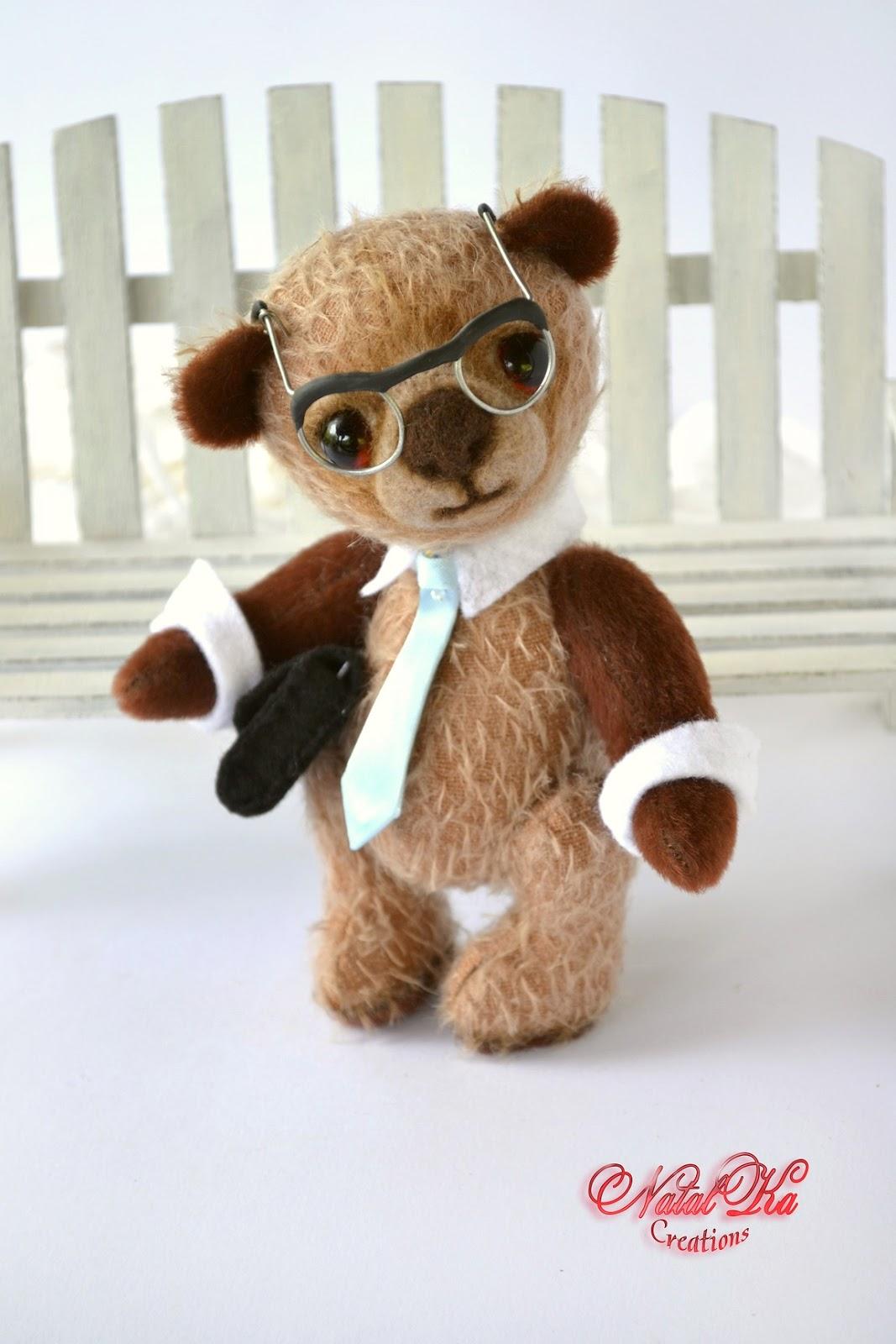 Artist teddy bear ooak handmade by NatalKa Creations. Künstler Teddybär Unikat handgemacht von NatalKa Creations.
