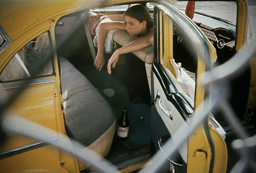 masters of photography : Danny Lyon : photo of girl in car