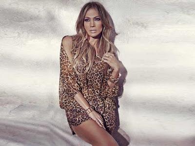 Jennifer Lopez Hot Look