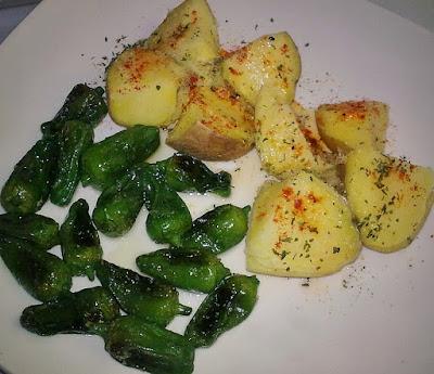 Patatas al Micro con Pimientos de Padron