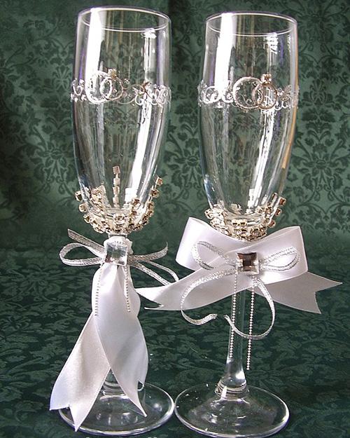 كؤوس مزينة للعرس الخطوبة