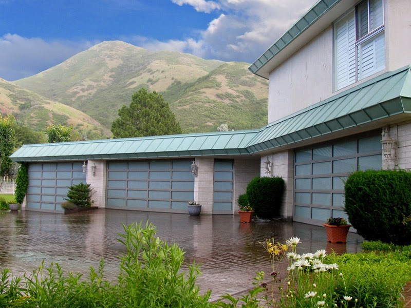 Luxury-Garage-Door-Riverside
