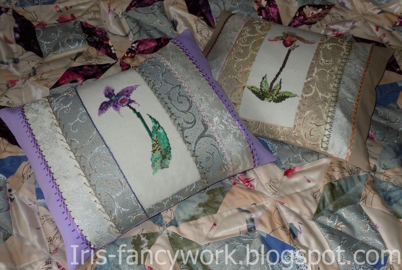 Подушки с пэчворком и вышивкой