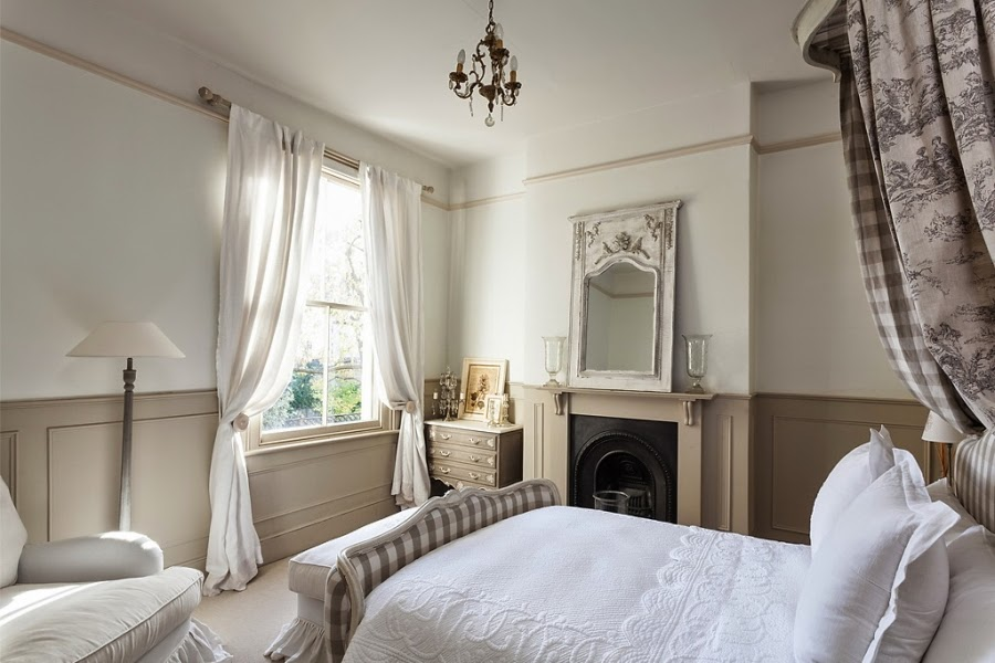 wnętrza, wystrój wnętrz, styl francuski, eleganckie, szary, beżowy, romantyczny, sypialnia