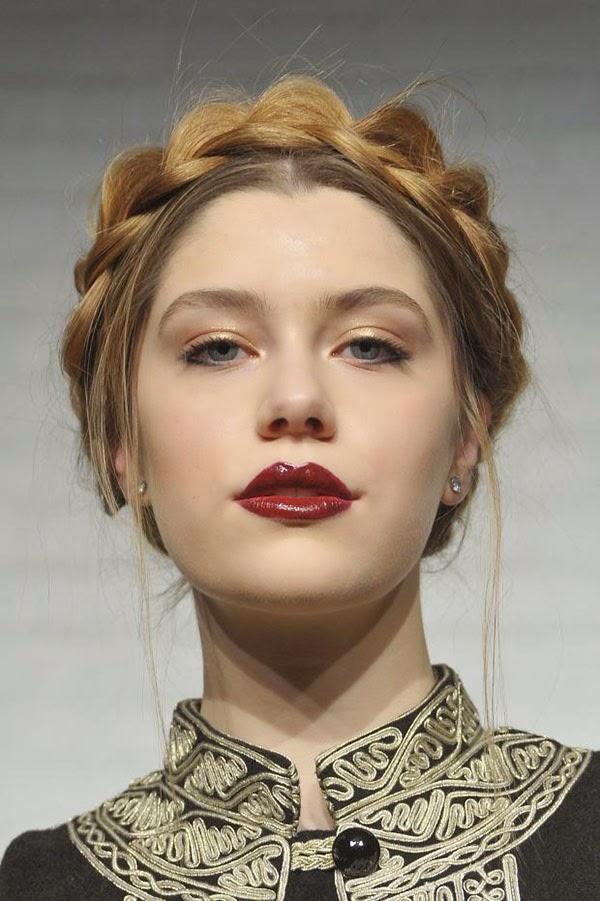 http://www.hairromance.com/2013/02/nyfw-hair-trend-braids.html