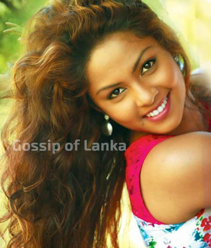 Gossip chat with Shalani Tharaka