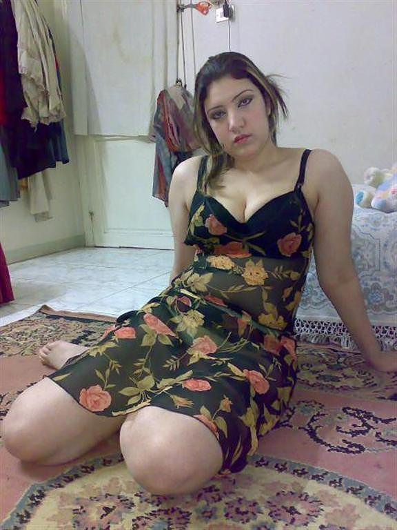 Girls nude naughty aunties rose