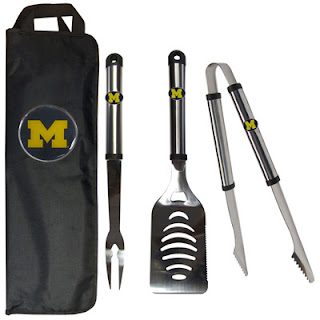 Michigan Wolverines NCAA 3-Piece BBQ Tool Set with Canvas Case